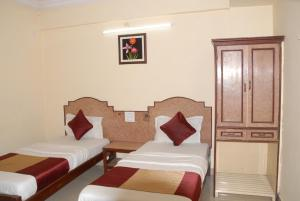 Hotel Bhavani Lodge, Hotel  Hyderabad - big - 4