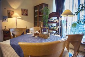 Russalka Hotel, Hotels  St. St. Constantine and Helena - big - 86