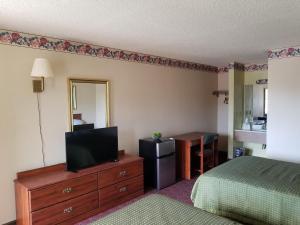 Gateway Inn by 3 Palms Hotel