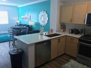 Famous Location Luxury Suite!, Apartmanok  Los Angeles - big - 2