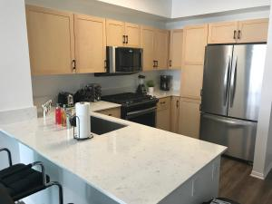 Famous Location Luxury Suite!, Apartmanok  Los Angeles - big - 7