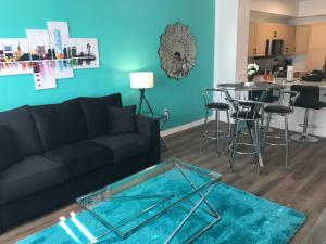 Famous Location Luxury Suite!, Apartmanok  Los Angeles - big - 8