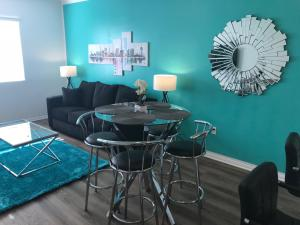 Famous Location Luxury Suite!, Apartmanok  Los Angeles - big - 10
