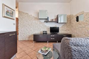 Charming MonteCucco Apartment - AbcAlberghi.com