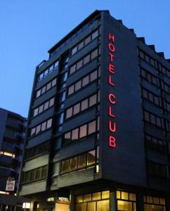 Hotel Club, Hotely  La Chaux-de-Fonds - big - 1