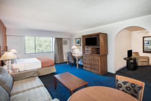 Howard Johnson Hotel by Wyndham Victoria, Hotels  Victoria - big - 20
