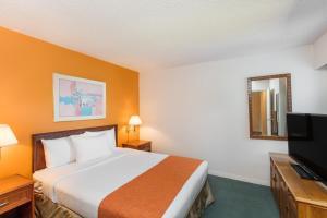 Howard Johnson Hotel by Wyndham Victoria, Hotels  Victoria - big - 4