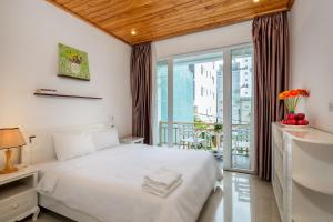 The Lovely Pool House Near By The Beach, Holiday homes  Da Nang - big - 22