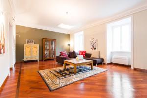 Apartment Via Sannio - abcRoma.com