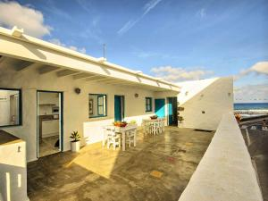 Apartment La Casa de las Salinas, Apartmanok  Arrieta - big - 35