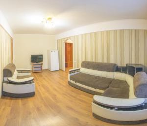 Профсоюзная, 42 (2п), Апартаменты  Улан-Удэ - big - 1