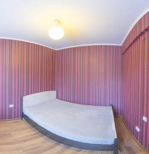 Профсоюзная, 42 (2п), Апартаменты  Улан-Удэ - big - 4