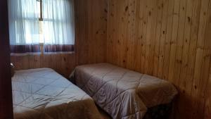 Casa de madeira em Caxias do Sul, Nyaralók  Caxias do Sul - big - 2