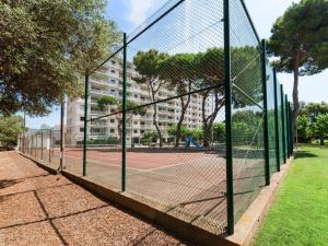 Apartment Orsa II, Apartments  Sant Antoni de Calonge - big - 12
