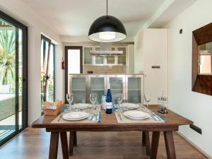 Villa LAGOS 20, Prázdninové domy  Salobre - big - 64