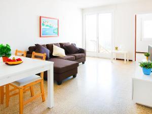 Apartment TRINITAT.3, Apartmanok  Roses - big - 22