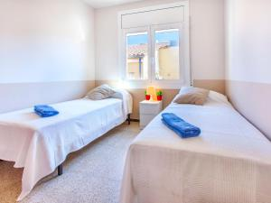 Apartment TRINITAT.3, Apartmanok  Roses - big - 26