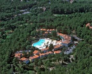 Maison jumelée dans residence avec piscine - 317, Ferienhäuser  Lacanau - big - 5