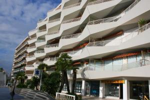 Appartement Le Chantilly 6, Apartmány  Cagnes-sur-Mer - big - 16