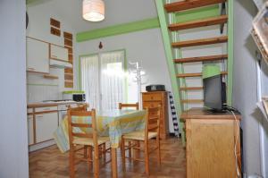 Petite maison pour 4 pers. dans residence avec piscine - 2088, Ferienhäuser  Lacanau - big - 2