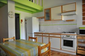 Petite maison pour 4 pers. dans residence avec piscine - 2088, Ferienhäuser  Lacanau - big - 8