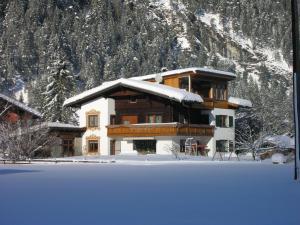 Ferienwohnungen Kerber - Apartment - Bach