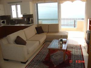 Amazing 2-bed apartment in spectacular villa with stunning sea views, Case vacanze  Káto Sélitsa - big - 22