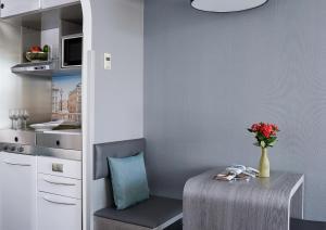 Habitación Doble Business Plus con balcón