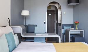 Habitación Individual Business con balcón
