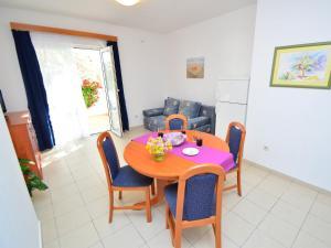 Apartment Ivan.1, Apartmanok  Tribunj - big - 19