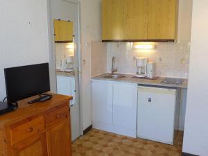 Apartment Les Balcons de la Méditerranée.1, Apartments  Narbonne-Plage - big - 23