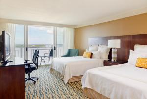 King or Queen Room with Resort Views