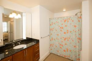 A301 Casuarina Breeze Condo, Apartmány  Virginia Beach - big - 17