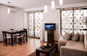 Madrid Apartments Cherkovna