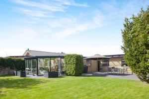 Exclusiv Holiday Home Saeby 098630