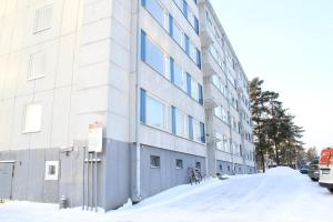 A spacious three-bedroom apartment for six persons in Hyvinkää. (ID 7468)