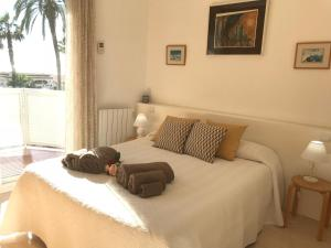 Sitges Seafront Apartment, Apartmány  Sitges - big - 52