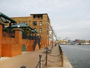Surrey Quays