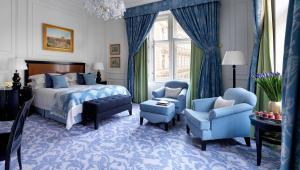 Renaissance-værelse med kingsize-seng