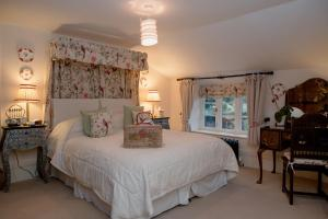 Muddifords Court Country House, Bed & Breakfast  Cullompton - big - 13