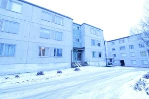 A two-bedroom apartment for five persons in tidy condition in Kulomäki, Vantaa. (ID 9146)