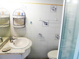 Apartment Les Plages de Cavalière, Apartmány  Le Lavandou - big - 18
