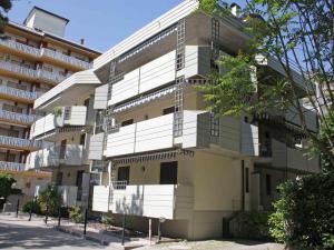 Locazione turistica Mimosa Sabbiadoro - AbcAlberghi.com