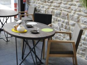 Aux Terrasses, Hotels  Tournus - big - 35