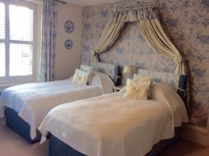 Muddifords Court Country House, Bed & Breakfast  Cullompton - big - 15