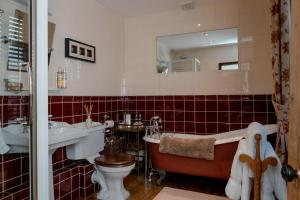 Muddifords Court Country House, Bed & Breakfast  Cullompton - big - 17