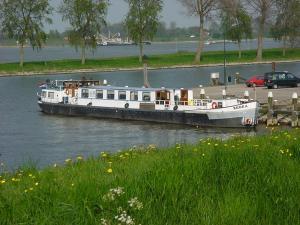 Botel Zebra, Отели типа «постель и завтрак»  Амстердам - big - 24