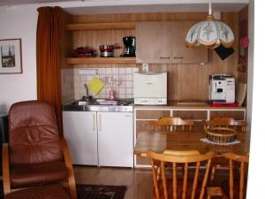 Apartment Mon Abri, Апартаменты  Беатенберг - big - 17