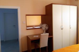 Apartment Vinisce 5229c, Apartments  Vinišće - big - 2