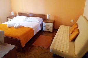 Apartment Vinisce 5229c, Apartments  Vinišće - big - 3